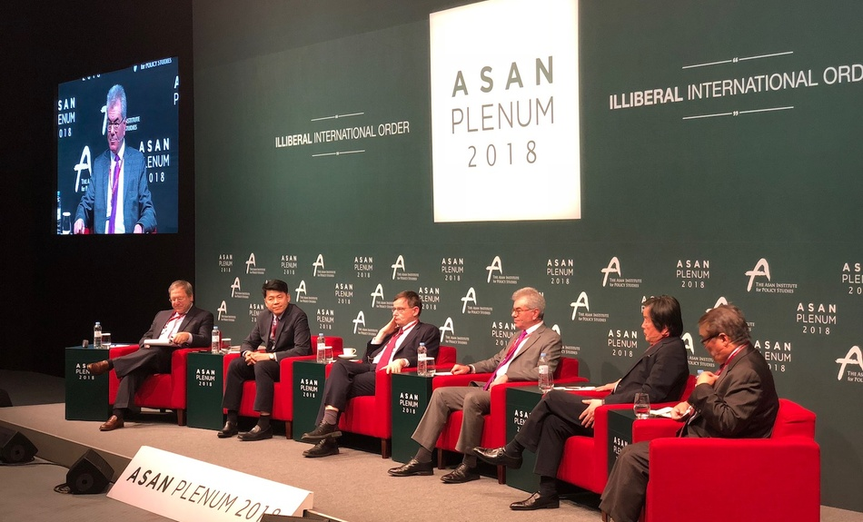 "2018: Belfer Center Executive Director for Research Gary Samore (right) speaks on a panel titled, ""The Outlier: North Korea,"" moderated by Center Senior Fellow David Sanger (left) at the 2015 ASAN Plenum, held in Seoul in April."