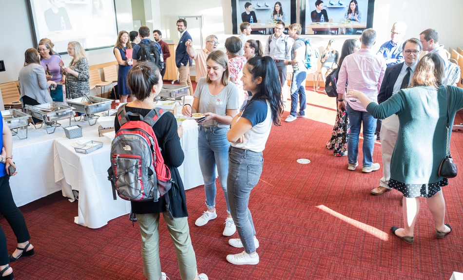 The Belfer Center hosts an Open House for HKS students