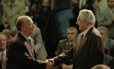 Bosnia President Alija Izetbegovic, left, shakes hands with Croatia President Franjo Tudjman in Dayton, Ohio, Wednesday, Nov. 1, 1995.