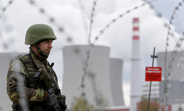 A member of the Czech Army takes part in an anti-terrorism drill at the Temelin nuclear power plant near the town of Tyn nad Vltavou, Czech Republic, April 11, 2017.