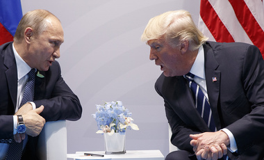 Photo of Presidents Trump and Putin at the G20 Summit July 7, 2017