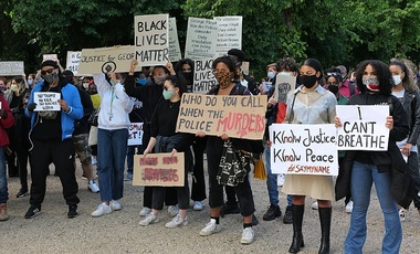 Protest against racism and police violence at the U.S. embassy in Berlin after the murder of George Floyd by a police officer in the United States.