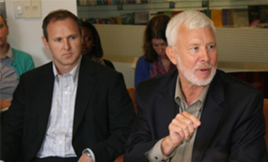 "Rolf Mowatt-Larssen (right), a Belfer Center senior fellow, discusses the threat of ""weapons of mass effect"" at a Belfer Center seminar. Stephen Palmer (left) of Raytheon took part in the discussion."