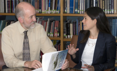 Laura Diaz Anderson discusses her book with co-author Matthew Bunn.