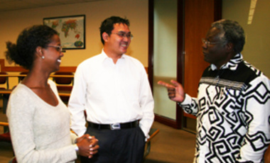 Calestous Juma (right) with Sagal Abshir (left), Harvard Kennedy School Fellow (MPA '11), and Wang Sheng, Lee Kuan Yew fellow (MPM '10), deputy director of China's Ministry of Foreign Affairs in Africa.