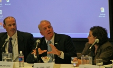 John Griffith (L), U.S. Department of State, Bureau of Oceans and International Environmental & Scientific Affairs; Roger Sayre (C), U.S. Geological Survey; Maxine Levin (R), U.S. Department of Agriculture
