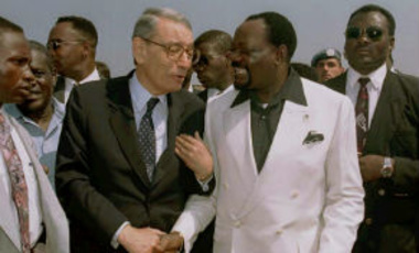 U.N. Secretary General Dr. Boutros Boutros Ghali, left, shakes hands with UNITA leader Jonas Savimbi prior to their meeting at the Ballumbo airstrip central Angola, Saturday July 15, 1995.