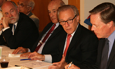David Ignatius at a Belfer Center Board of Directors Lunch.