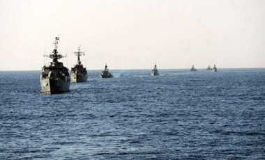 Iranian naval vessels excercising during war drills.