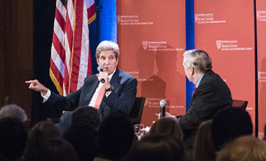 Secretary of State Kerry (left) speaking to students at Harvard event hosted by Belfer Center Director Graham Allison.