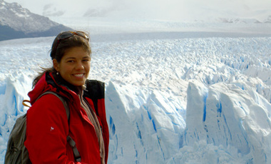 Laura Diaz Anadon by the Perito Moreno Glacier in the Argentinian Patagonia.