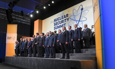 Heads of delegation for 2016 Nuclear Security Summit gather for family photo in Washington, D.C. on April 1, 2016.
