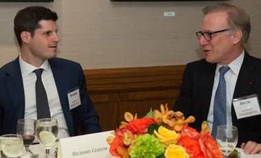 International Council member Richard Gerson (left) talks with Washington Post columnist and Belfer Center Senior Fellow David Ignatius (right) during the annual meeting of the Council. (Photo: Martha Stewart)