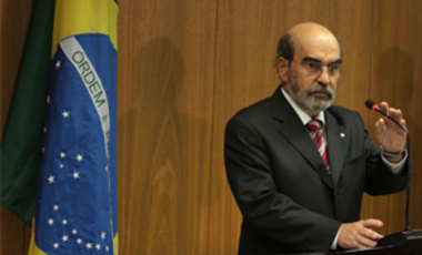 Director-general of the UN Food and Agriculture Organization Jose Graziano da Silva looks on during a press conference at the Itamaraty palace in Brasilia, Brazil, Aug. 3, 2011.
