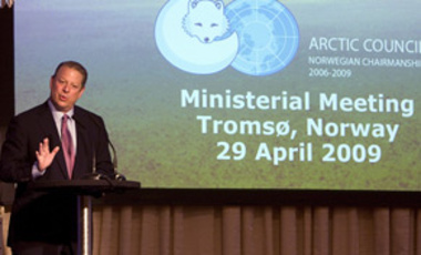 Former U.S. vice president and Nobel laureate, Al Gore, gives a presentation during a ministerial meeting of the Arctic Council, in Tromsoe, Norway, Apr. 29, 2009.