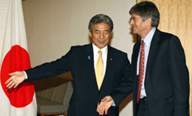 U.S. Deputy Secretary of State James Steinberg,(r), and Japan's Foreign Minister Hirofumi Nakasone before their meeting at Japan's Foreign Ministry in Tokyo, June 1, 2009, where the U.S. & Japan recommitted to rein in the threat from North Korea.