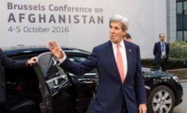 U.S. Secretary of State John Kerry arrives for a Conference on Afghanistan in Brussels, Oct. 5, 2016. The 2-day conference, hosted by the EU, will have the participation of over 70 countries to discuss the current situation in Afghanistan.