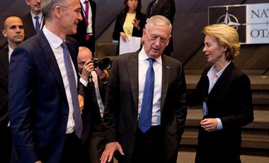 The former defense secretary Jim Mattis, center, with NATO's secretary general, Jens Stoltenberg, left, and Germany's defence minister, Ursula von der Leyen, at NATO headquarters in Brussels last year.