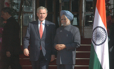 President Bush with Indian Prime Minister Manmohan Singh in March 2006