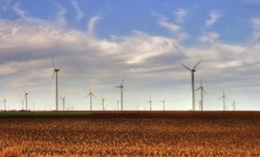 The Smoky Hills Wind Farm as seen from Interstate 70 in Kansas, 2 November 2009.