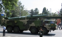 A DF-15B short-range ballistic missile as seen after the military parade held in Beijing to commemorate the 70th anniversary of the end of WWII in 2015 (Wikimedia/IceUnshattered).