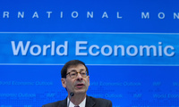 International Monetary Fund Economic Counsellor Maurice Obstfeld speaks at a news conference during the World Bank/IMF Annual Meetings on Tuesday, Oct. 4, 2016, at IMF headquarters in Washington. (AP Photo/Jose Luis Magana)