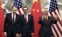 Chinese Vice Premier Liu He (right) meets with his U.S. counterparts U.S. Treasury Secretary Steven Mnuchin and Trade Representative Robert Lighthizer in Beijing, May 1, 2019.