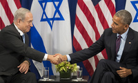 Prime Minister of Israel Benjamin Netanyahu shakes hands with United States President Barack Obama during a bilateral meeting at the Lotte New York Palace Hotel, September 21, 2016 in New York City.